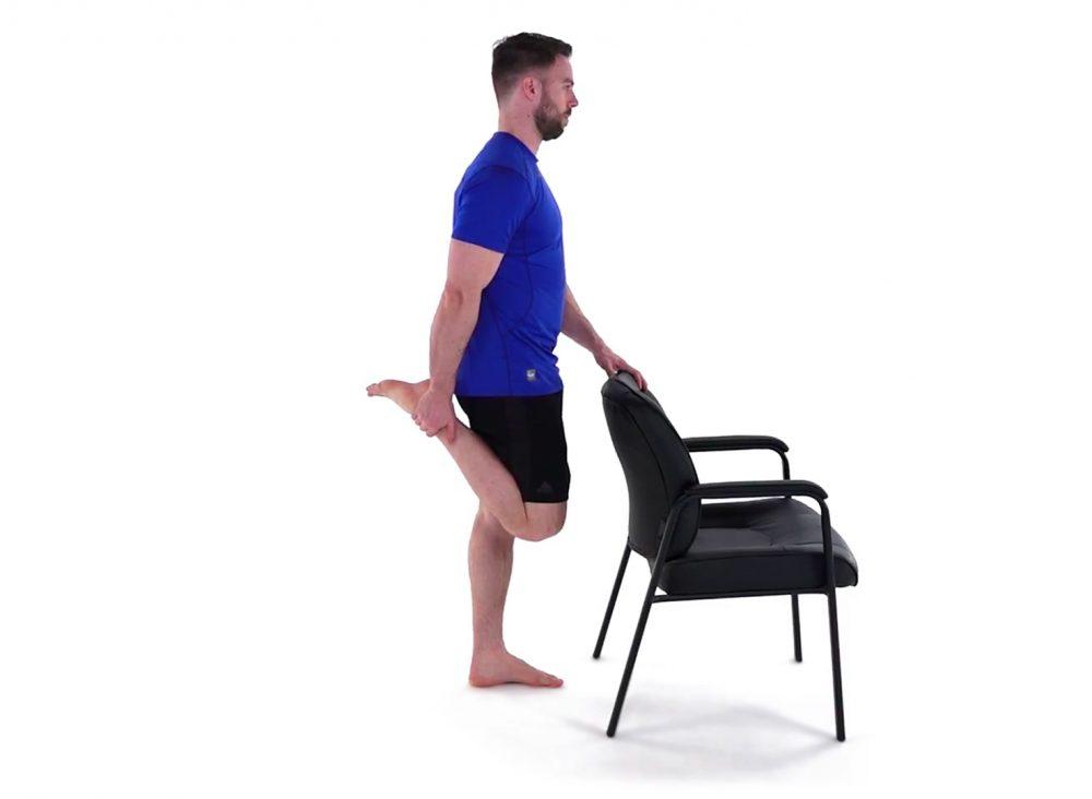 quad stretch standing